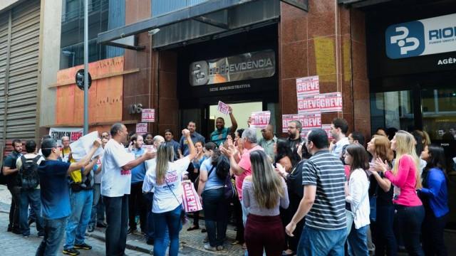 rio-previdencia-grevee.jpg